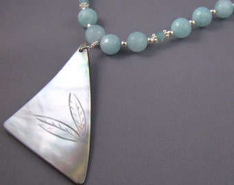 Aquamarine Beads and MOP Pendant Necklace