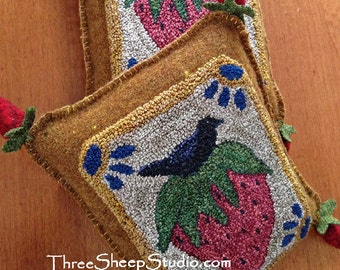 Punch Needle Pattern - A Crow's Feast Pin Pillow - #PN528- Needlepunch Embroidery