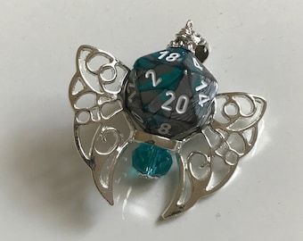 D20 dice pendant dungeons and dragons jewelry butteefly wings tabletop gaming geek girl dungeon master stranger things criticalrole dnd gift
