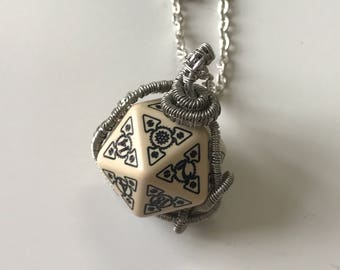 wire wrapped elf dice pendant elvish d20 dice rgp larp see through black inscriptions elvish runes transparent wirewrapped fantasy wire wrap