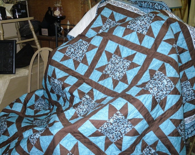 Featured listing image: STAR Quilt 80 x 80 inch from Turkey Creek Quilts. Country, Rustic,
