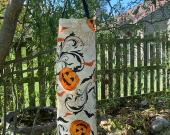 Halloween Fabric Plastic Bag Dispenser, Your Choice of Patterns, Halloween bag, Bats, Halloween decor, Halloween pumpkin, kitchen decor