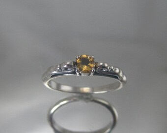 Sterling silver yellow citrine ring.