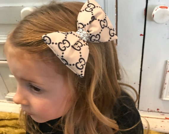 GG inspired hairbow