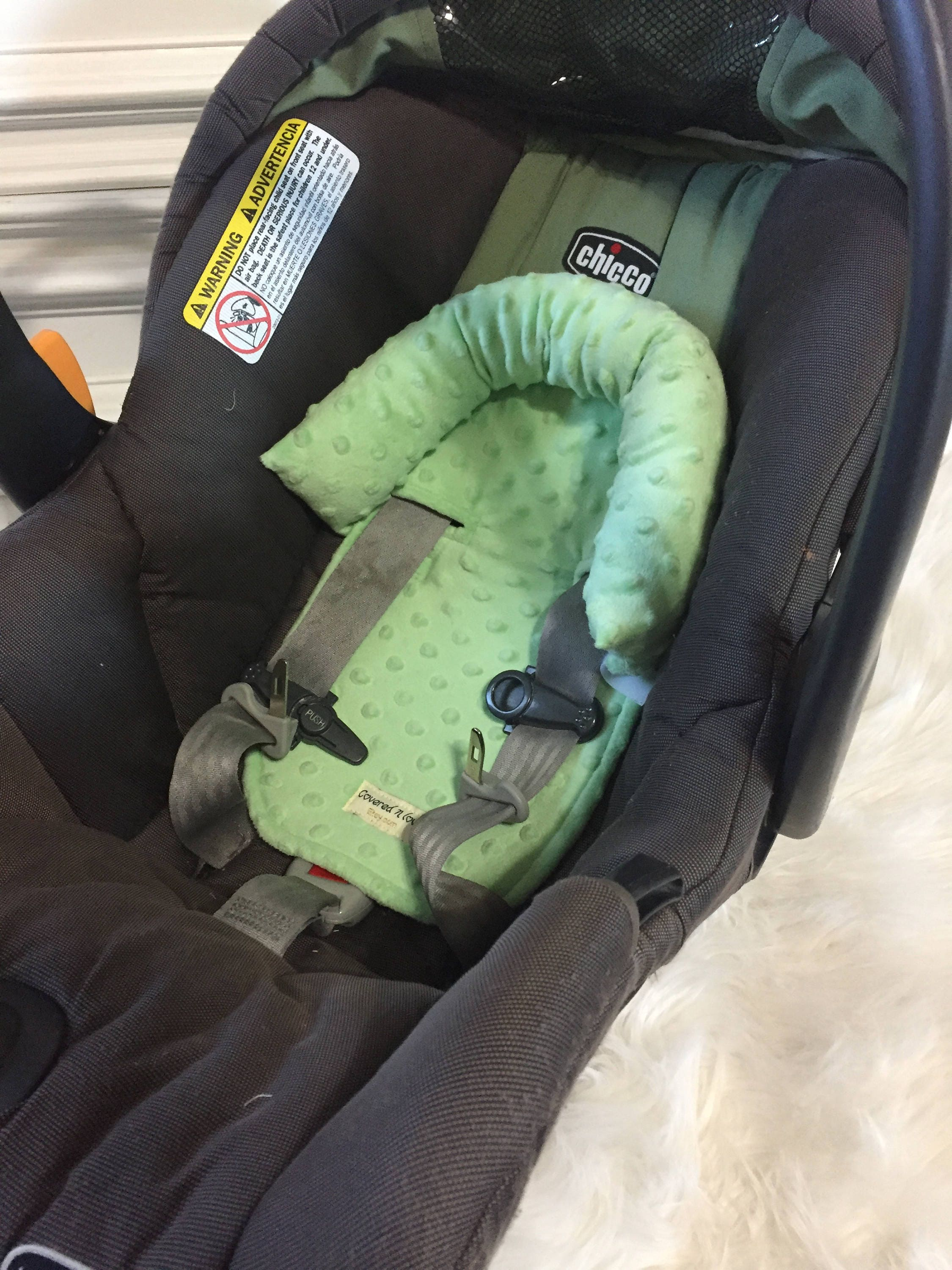 aab0e03f7 Car seat head support Pistachio