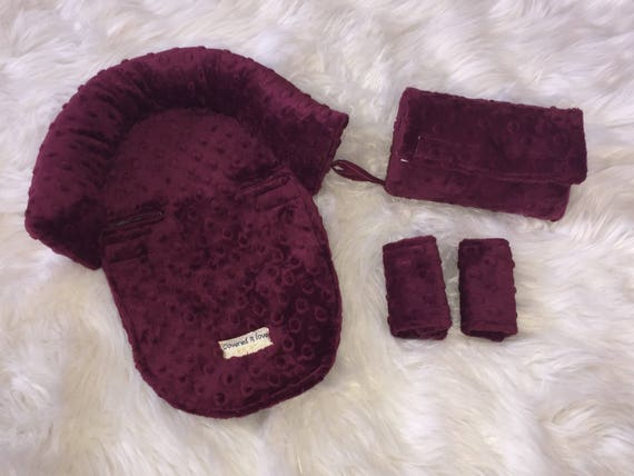 Car seat CUDDLE bundle set in Wine