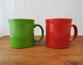 Fiesta Ware Mugs Red And Green Large Handle