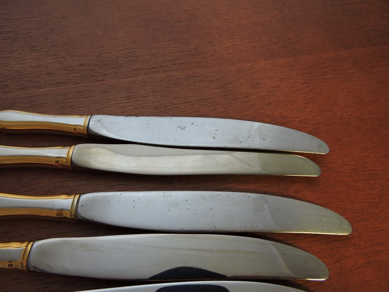 Stainless Royal Chippendale Knives Gold Accent On  Edge Community Oneida 1987