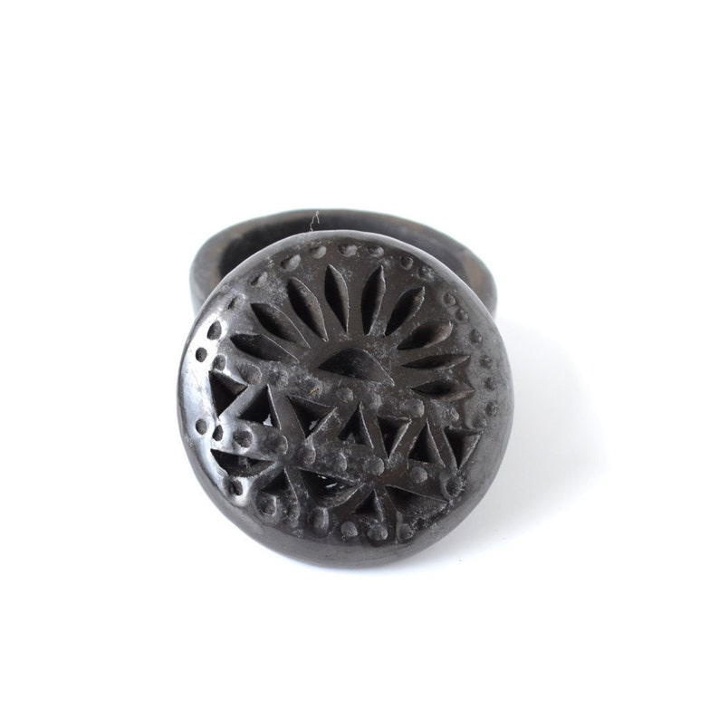 Etched round-shaped Black Clay Jewelry Box Keepsake Gift for image 0