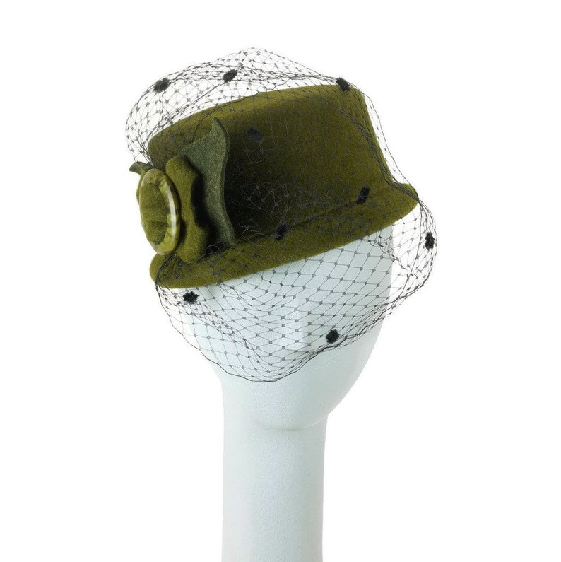 Green Mini Top Hat Veil Hat Felt Hat Winter Hat Wedding image 0