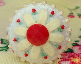 Beaded Daisy Ring