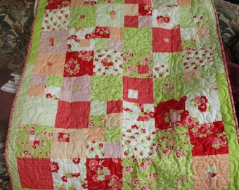 Hip Baby Flowers Quilt