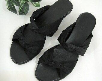 605dfacf0a9 Munro American Slip-On Sandals Slides Shoes