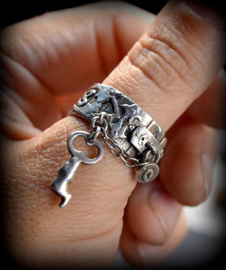 Garden Gate Charm Ring hinged padlock band image 0