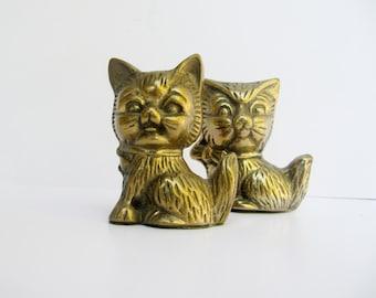 Vintage Cat Small Brass Cat Figurines