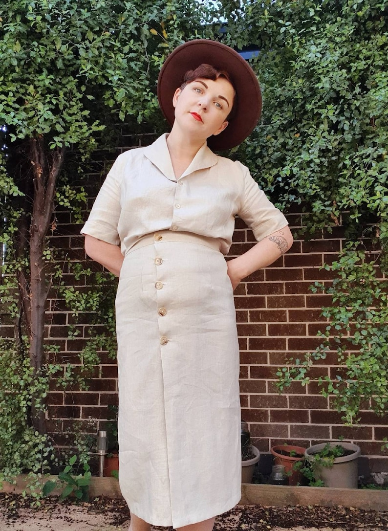 1930s Style Clothing and Fashion Fay Wrap Skirt $97.71 AT vintagedancer.com
