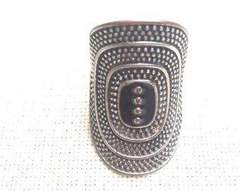 PIF LISTING - Vintage - Antique Silver and Black Enameled Ring - Costume