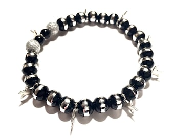 Bracelet - Beaded - Silver and Black with Silver Star Charms - Stretchy - Goth - Cute Gift