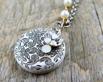 Antiqued Silver Locket Necklace with Rhinestone Leaf Accent