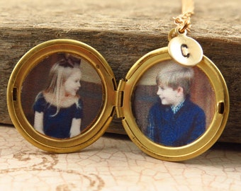 Personalized Jewelry, Gold Locket Necklace, Personalized Locket, Initial Necklace, Photo Locket Gift, Valentines Day
