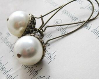 pinecone & leaf jewelry