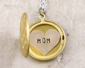 Mom Necklace, Personalized Necklace for Mom, Star and Moon Necklace, New Mom Gift, Star Celestial Jewelry, Mom Jewelry