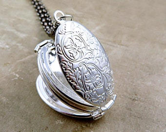 Silver Four Photo Folding Locket Necklace