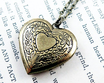 Heart Locket Necklace, Anniversary Gift for Her, Heart Pendant, Photo Locket, Victorian Heart, Valentines Gift