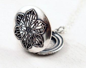 Silver Flower Locket Necklace, Vintage Locket