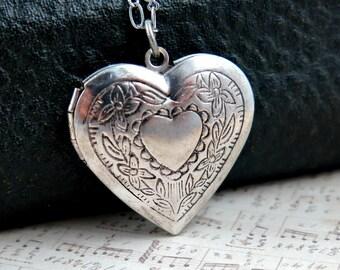 Silver Heart Locket Necklace, Heart Pendant, Heart Jewelry, Personalized Locket, Heart Necklace, Anniversary Locket