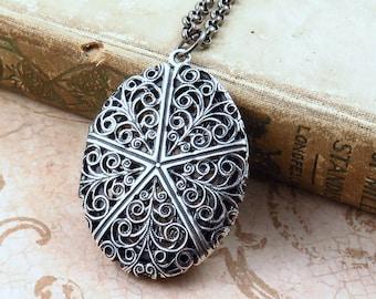Filigree Locket Necklace, Vintage Silver Locket,  Locket Pendant, Anniversary Gift, Photo Locket