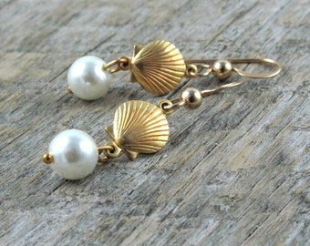 Sea Shell and Pearl Earrings Mermaid Gift Beach Wedding