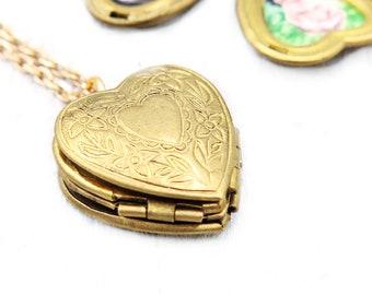 Heart Locket with Photos, Personalized Locket Necklace, 4 Photo Locket, Vintage Locket, Family Photo Necklace, Keepsake Locket