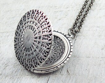 Large Silver Locket Necklace, Vintage Locket, Filigree Locket, Photo Locket, Gift for Anniversary, Round Locket