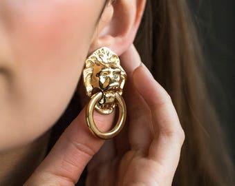 Vintage Lion Door Knocker Earrings with Rhinestone Eyes, Large Vintage Animal Earrings in Gold Doorknocker