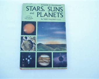 Stars Suns and Planets Book 1960s Astronomy Book Science, Children's Education, Moon, Mars, Science Book, Space, Zodiac Signs, Solar System