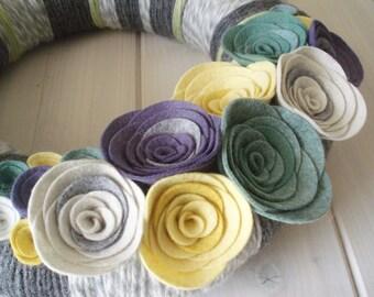 Yarn Wreath Felt Handmade Door Decoration - Cool Grey 12in