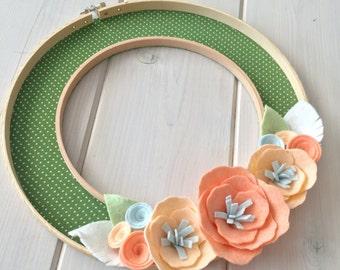 "Handmade Felt Fabric Hoop Door Wreath Decoration - Peachy Keen 10"""