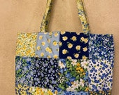 Moda - Charm Street Market Tote Kit - DIY bag Kit -  Summer Breeze V - dark blue background print lining and straps with interfacing