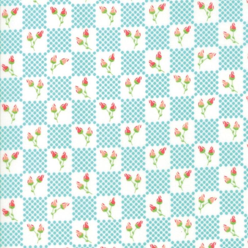 Moda Fabric  Lulu Lane by Corey Yoder  1/2 yard  29024 18 image 0