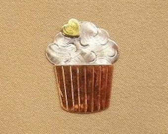 Magnetic Needle Nanny - Cupcake - by Puffin & Company - For keeping track of your needles
