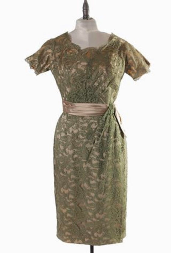 1950s Lace Ceil Chapman Cocktail Dress VLV