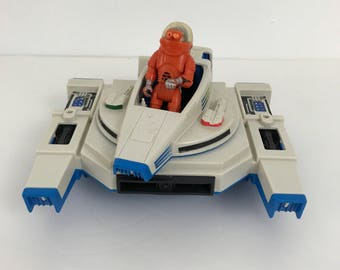 Vintage Fisher Price Adventure People Alpha Interceptor Space Ship With Astronaut