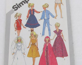 Simplicity 5356 Barbie  Clothes Sewing Pattern Vintage 1981