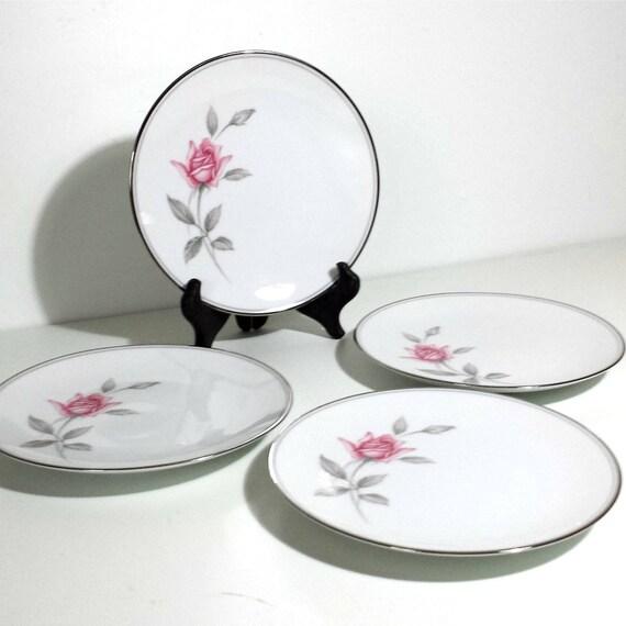 Lot de 4 plaques de Noritake Rosemarie Bread & Butter / 1960 s petites assiettes avec des Roses roses gris feuilles lot de 4