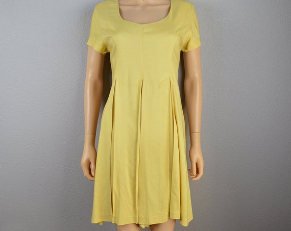 90s Yellow Romper From Express Pleated Short Sleeve Casual Romper Size 7/8 90s Clothing Epsteam