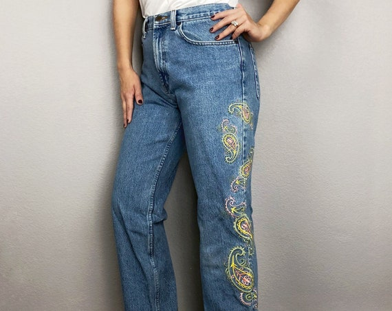 90s Women's Embroidered High Waisted Mom Jeans Size 30 Light Wash Denim Bootcut Paisley Jeans 90s Clothing Epsteam
