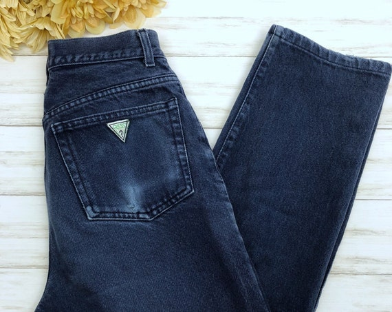 90s Women's High Waisted Guess Jeans Size 32 Straight Leg Ankle Length Dark Blue Wash Mom Jeans 90s Clothing Epsteam