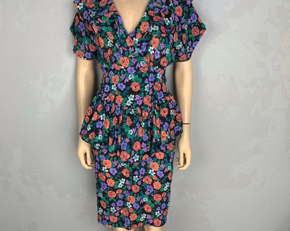 80s Women's Peplum Dress Floral Print Size 3/4  Black Short Sleeve 80s Clothing Epsteam