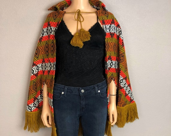 70s Women's Hippie Cape Poncho Fringe Trim One Size Orange Mustard Geometric Print